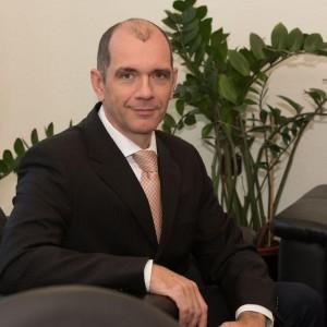 dr. Dóka Tamás, vezérigazgató – Online Üzleti Informatika Zrt.